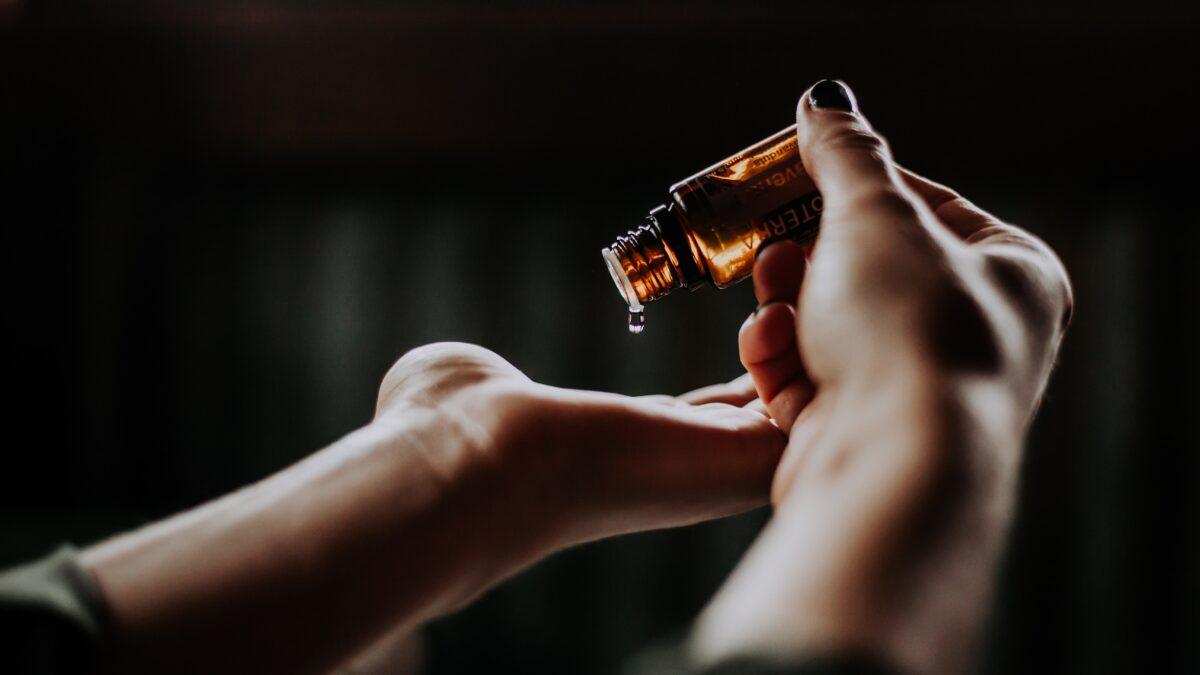 11 kohta kehal, kuhu pihustada parfüümi